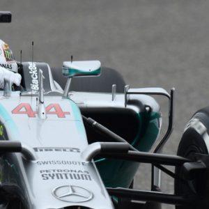 Lewis-Hamilton_F1-mercedes