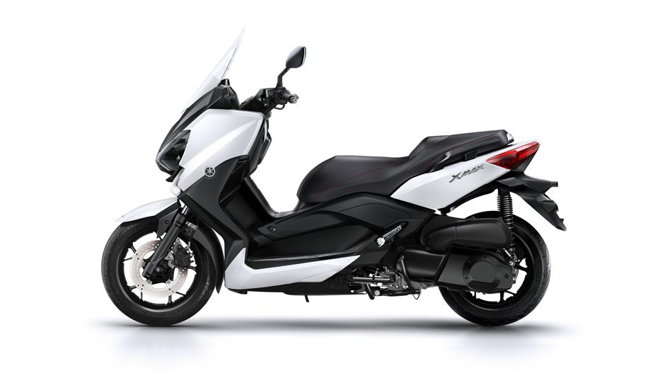 2015-Yamaha-X-MAX-250-ABS-EU-Absolute-White-Studio-006