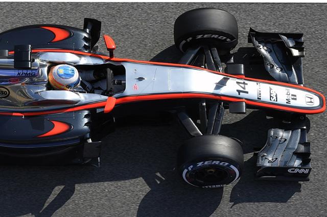 F1: Alonso verso il GP di Malesia, esami medici superati