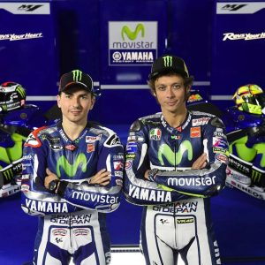 Jorge-Lorenzo-and-Valentino-Rossi-2015-MotoGP-3