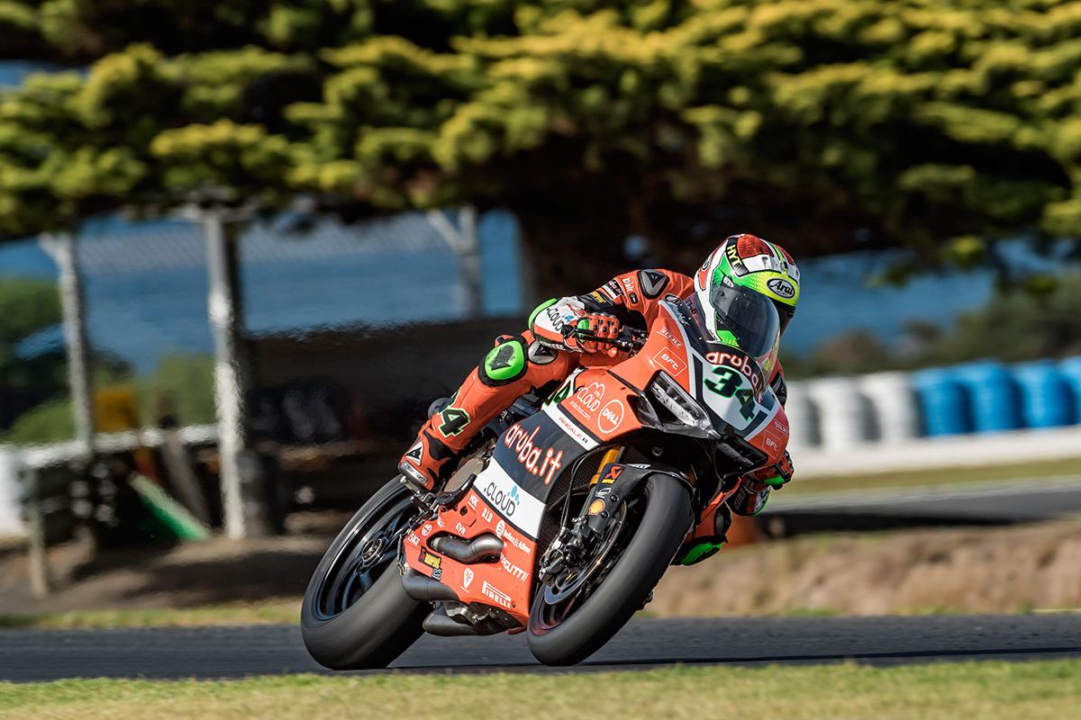 SBK: Finiti i test, soddisfazioni a metà per Ducati Aruba