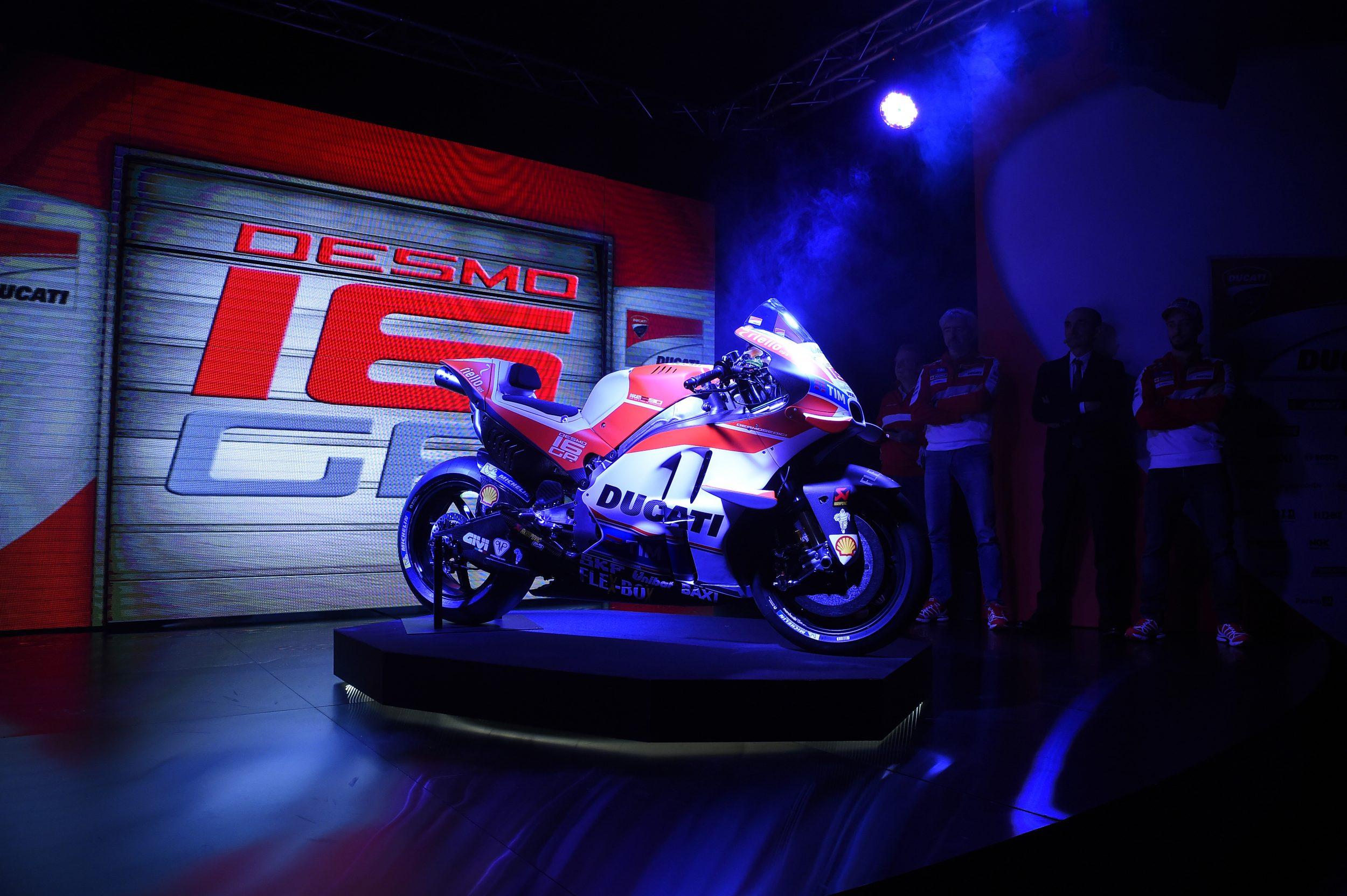 Presentato il Ducati Team 2016 all'Auditorium Ducati di Bologna