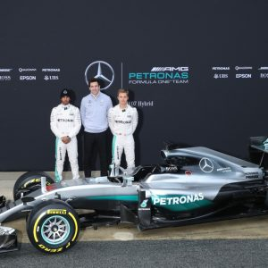 2016-Mercedes-AMG-Petronas-