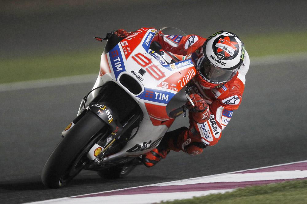 Ducati, Lorenzo 5°, Dovizioso 11° nelle FP1 del Qatar