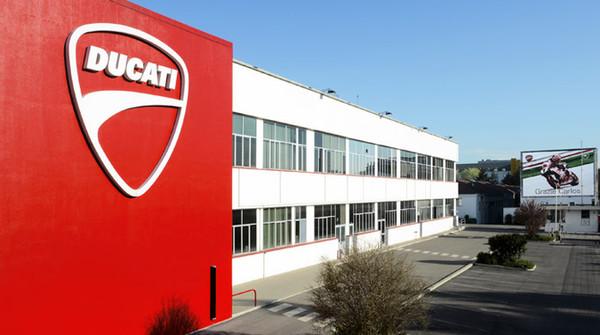 Spuntature: Volkswagen pronta alla cessione di Ducati: per amore, solo per amore